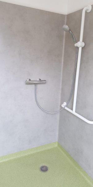systèmes douches pvc